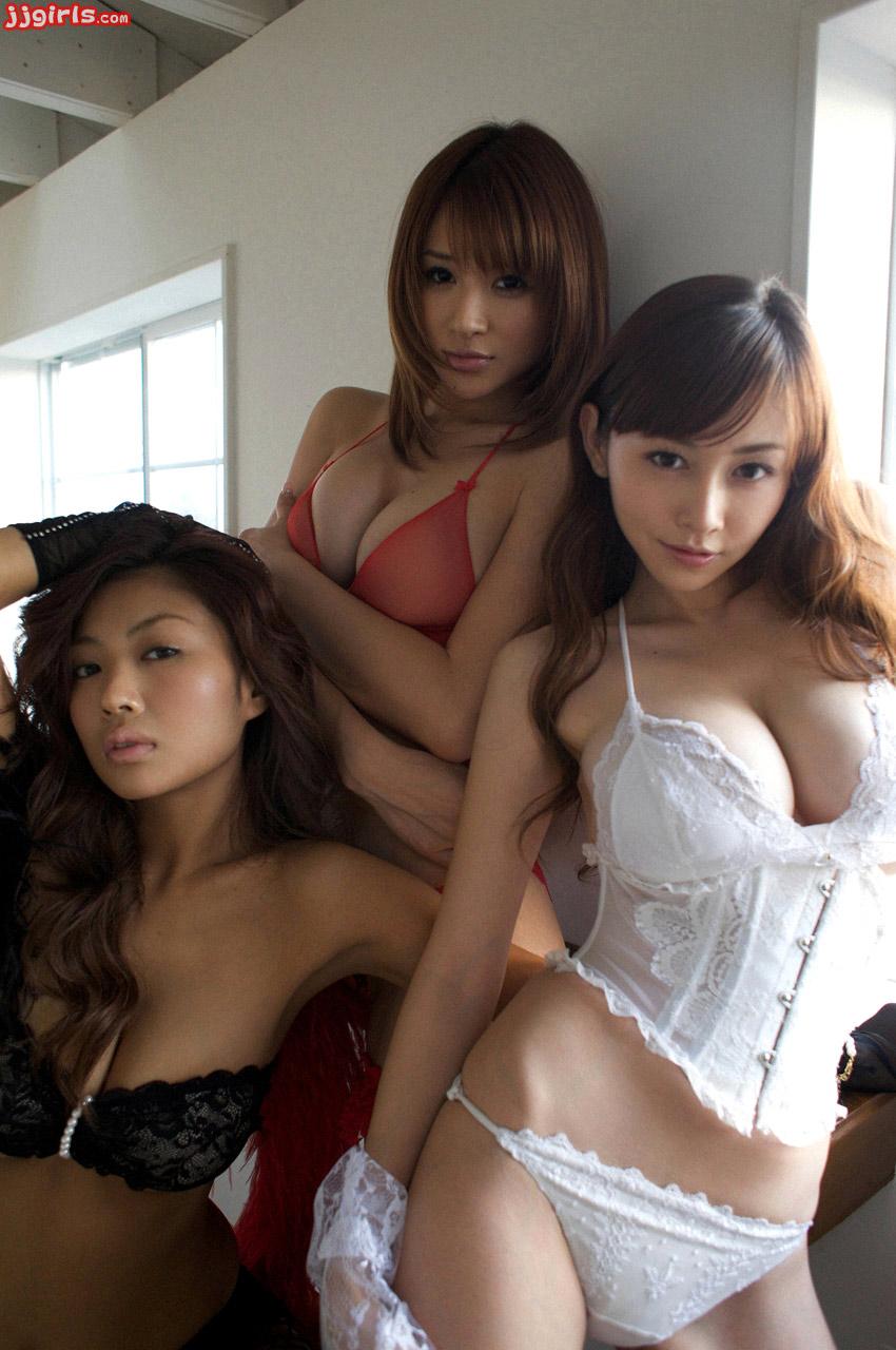 Kana tsugihara completely naked pics erotic fotos